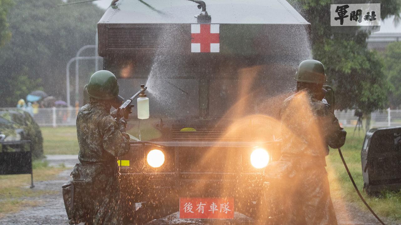 """台湾汉光演习13日登场,第四作战区演练""""生物疫病暨医疗能力整合""""课目。(国防部提供)"""