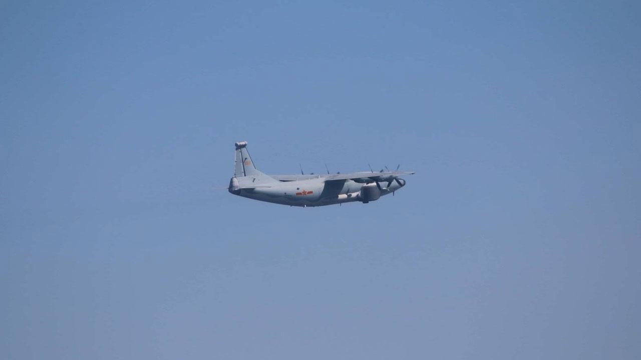 台湾国防部发布13日汉光演习,解放军机派出一架次运-8远干机扰台,进入台湾西南空域。(国防部提供)