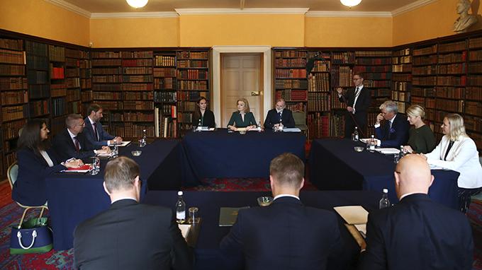 英国、立陶宛、拉脱维亚、及爱沙尼亚四国外长2021年10月11日在伦敦举行会谈(美联社)