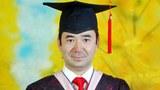 维吾尔语言学教授乃比江.艾比布拉(Nabijan Habibullah) 于 2014 年从德国研究生毕业回国后,曾在新疆维吾尔自治区和北京的大学工作。于 2018 年被当局拘留,但直到今年才被以不明罪名判刑15年。